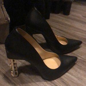 Katy Perry black heels